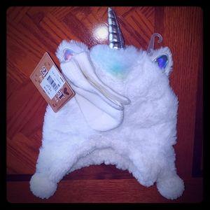 Unicorn hat and glove set